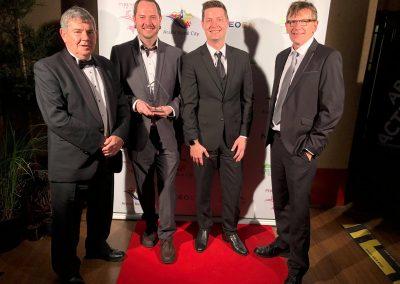 Rainbow receives tourism award
